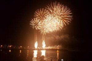 feu-artifice-saint-pierre-a-la-reunion-nouvel-an-2017