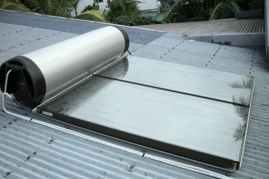 160 000 habitations pourvues de chauffe eau solaire la. Black Bedroom Furniture Sets. Home Design Ideas
